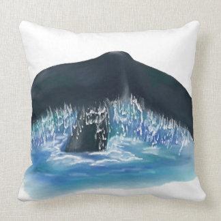 Almofada Design da cauda da baleia com água azul