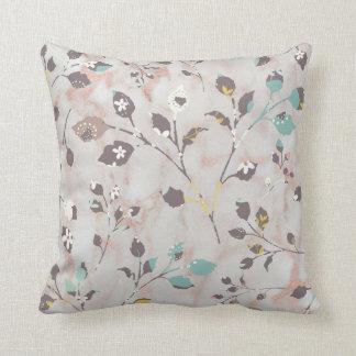 Almofada Design floral bege