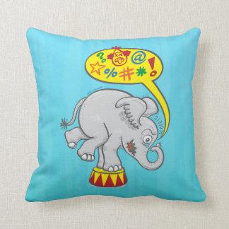 Almofada Elefante irritado do circo que diz palavras más