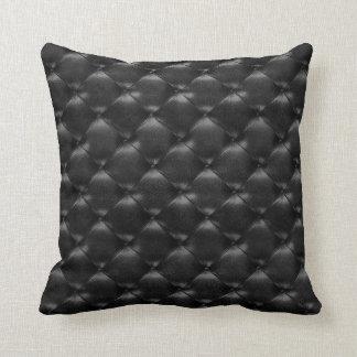 Almofada Encanto opulento de couro adornado Glam preto