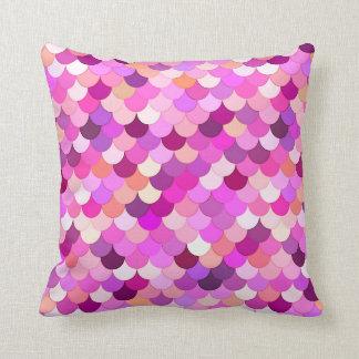 Almofada Escalas, violeta, ametista, e coral da sereia