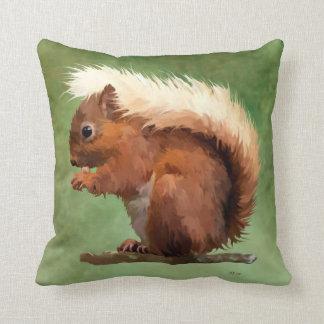 Almofada Esquilo vermelho desalinhado