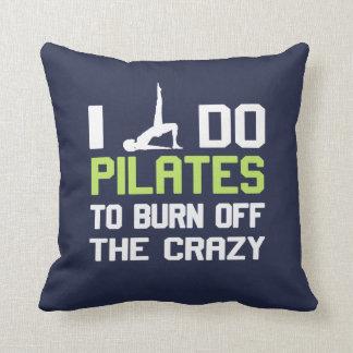 Almofada Eu faço Pilates para consumir o LOUCO