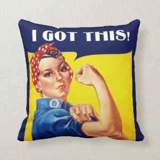 Almofada EU OBTIVE a ESTE Rosie o travesseiro do rebitador