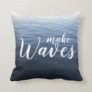 Almofada Faça o travesseiro decorativo das ondas