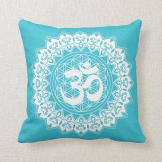 Almofada Flor da mandala do travesseiro do quadrado de OM