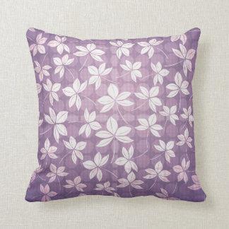 Almofada flor violeta