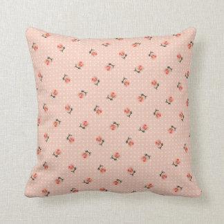 Almofada Floral cor-de-rosa e pontos do vintage