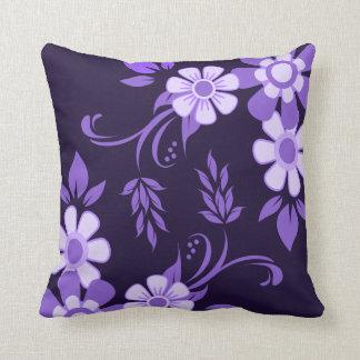 Almofada Floral violeta roxo