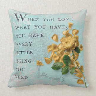 Almofada Flores dos rosas com sabedoria dizendo sábia