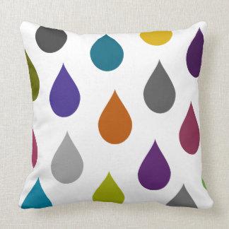 Almofada Gráfico multicolorido do pingo de chuva