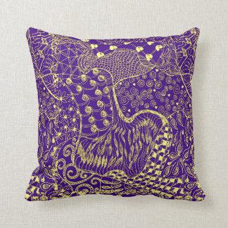 Almofada Hippie-como o travesseiro do design no roxo e na