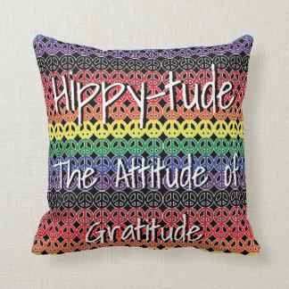 Almofada Hippytude com sinais de paz da formação do