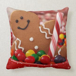 Almofada Homem de pão-de-espécie e travesseiro decorativo