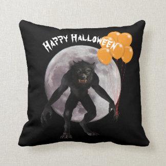 Almofada Homem-lobo do Dia das Bruxas com balões