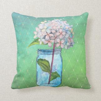 Almofada Hydrangea entrelaçado verde no frasco azul