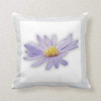 Almofada Jardim - travesseiro violeta
