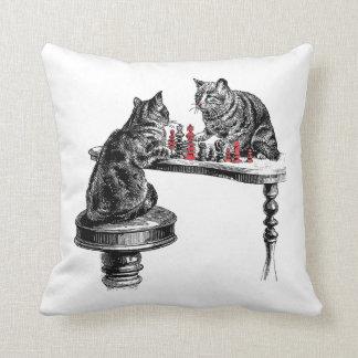 Almofada Jogos de mesa dois gatos que jogam o vermelho do