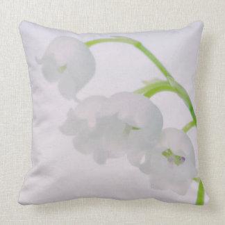 Almofada Lírio da flor do vale