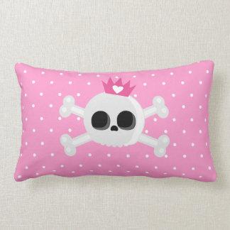 Almofada Lombar Crânio de Emo com a coroa no fundo cor-de-rosa das