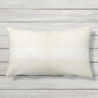 Almofada Lombar Creme com o travesseiro lombar exterior da