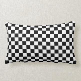 Almofada Lombar Fundo preto & branco do tabuleiro de damas