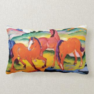 Almofada Lombar Os cavalos vermelhos por Franz Marc