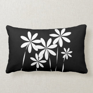 Almofada Lombar Preto & branco da flor Bliss2