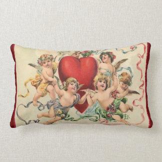 Almofada Lombar Querubins bonitos com uns namorados vermelhos do
