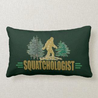Almofada Lombar Sasquatch engraçado   o pé grande   acredita! caça