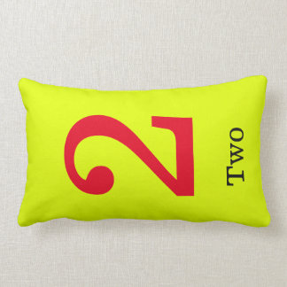 Almofada Lombar travesseiro amarelo com número dois