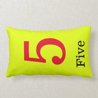 Almofada Lombar travesseiro amarelo com o número cinco