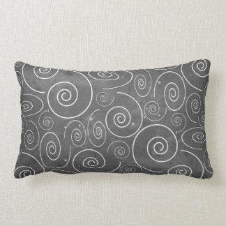 Almofada Lombar Travesseiro preto e branco gótico das espirais dos