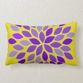 Almofada Lombar Travesseiro roxo e amarelo da flor do crisântemo