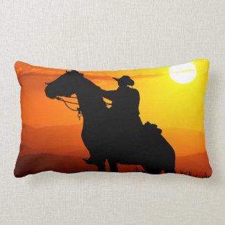 Almofada Lombar Vaqueiro-Vaqueiro-luz do sol-ocidental-país do por
