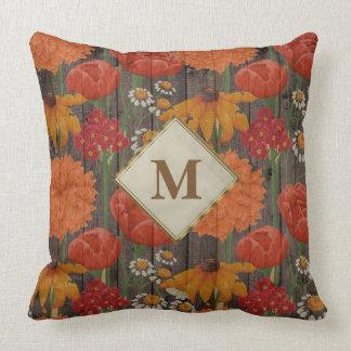 Almofada Madeira alaranjada vermelha de Brown das flores e