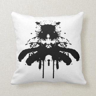Almofada Mancha da tinta - o cão preto - coxim