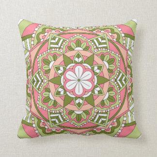 Almofada Mandala floral colorida 061117_1