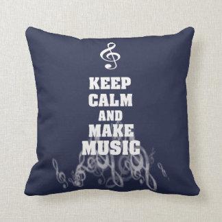 Almofada Mantenha calmo e faça a música