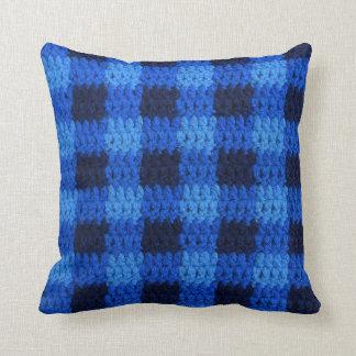 Almofada Máscaras do impressão azul do Crochet da xadrez do