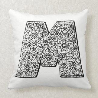 Almofada Mono travesseiro modelado da letra M