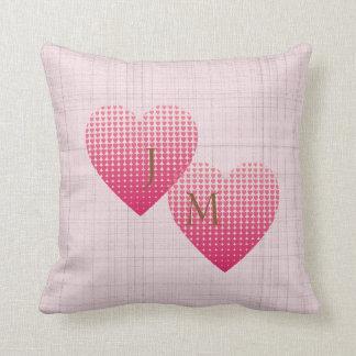 Almofada Monograma personalizado dos corações amor