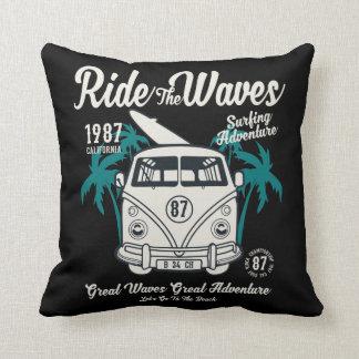 Almofada Monte o travesseiro decorativo das ondas