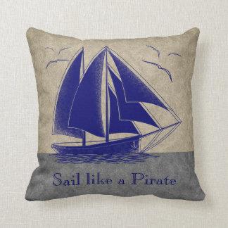 Almofada Navegue como um pirata, a sala do menino náutica