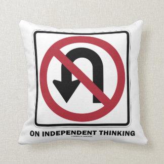 Almofada Nenhuma inversão de marcha no sinal de pensamento