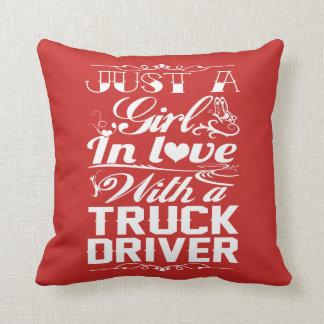 Almofada No amor com um camionista
