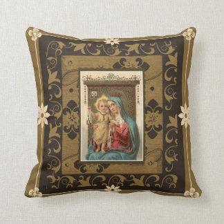 Almofada Nossa senhora de Monte Carmelo com bebê Jesus