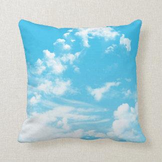 Almofada Nuvens nos miúdos do céu