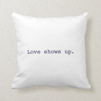 Almofada O amor aparece o travesseiro
