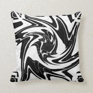 Almofada O diabo preto e branco roda travesseiro decorativo
